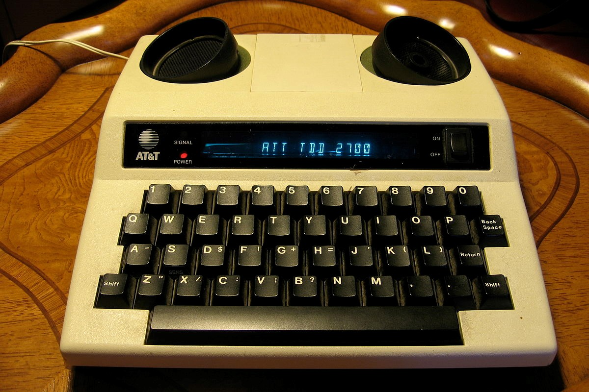 Photograph of a TTY.
